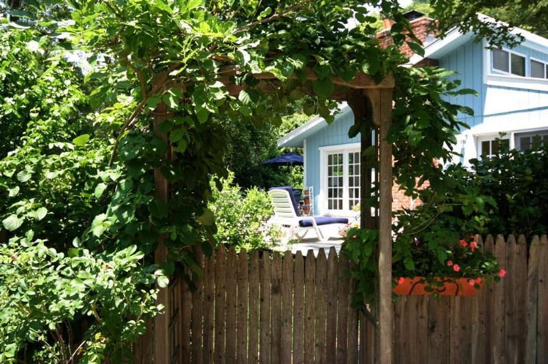 Front Entrance to your Vacation Home - CHARMING EAST HAMPTON FOR SEPT OCT NOV STAYS, $450 - East Hampton - rentals