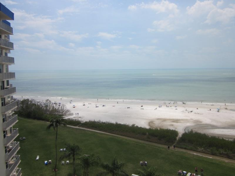 Our gorgeousl Gulf view to the southwest - EBT #903A - directly on Gulf beach/beautiful views - Fort Myers Beach - rentals