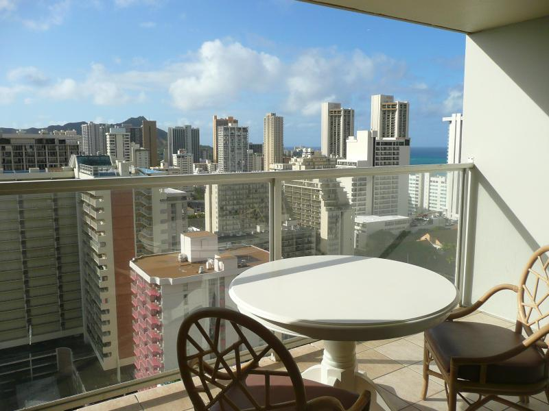 The view from the lanai - Island Colony Renovated Studio-Ocean/DH View from 28th Floor - Waikiki - rentals