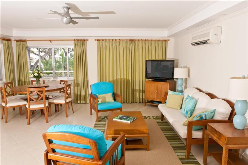 Living and dining areas - 210 Palm Beach Oceanfront Condo - Barbados - rentals