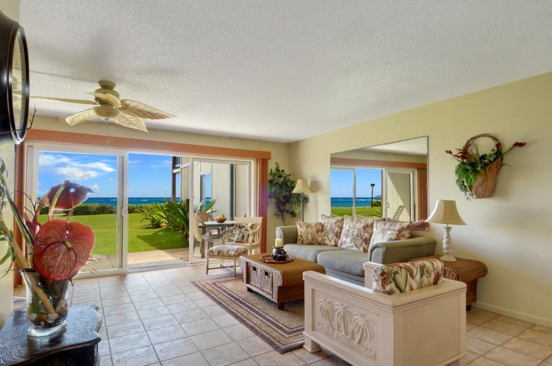 looking towards the ocean from your living room - Ocean front corner unit 2bed/2ba Pono Kai wifi - Kapaa - rentals