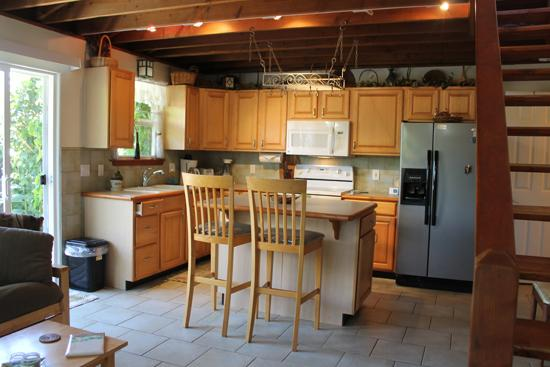 Kitchen - Private 1BR Haiku Home; Hot Tub; Incredible Value! - Haiku - rentals