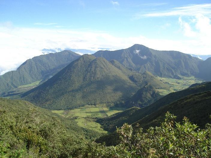 PULULAHUA VOLCANIC CALDERA by Mitad del Mundo near the Equator - QUILLOTURO Country Cottage in Pululahua-Ecuador - Calacali - rentals