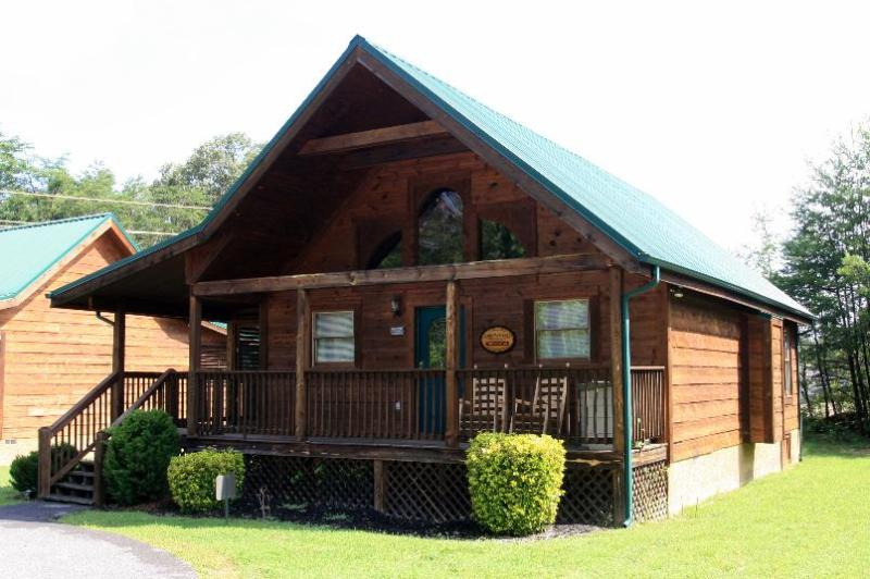 Easy access and Great Location - Best of the Best - Pigeon Forge - rentals