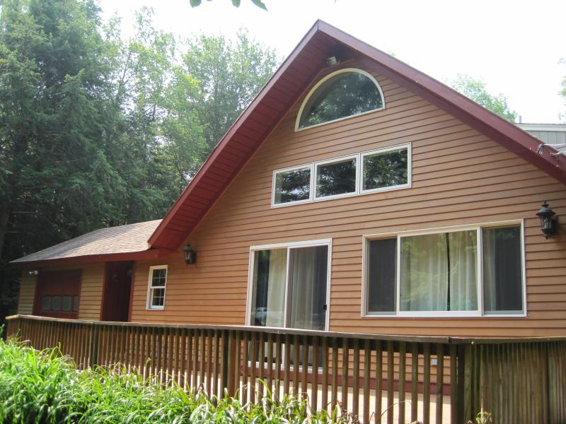 Front view of Chalet - Ski Chalet in Sherwood Forest-book now for Leaf peeping & Ski season!!! - Londonderry - rentals