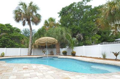 Pool 1 - TOES IN THE WATER - Anna Maria - rentals