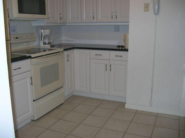 Kitchen - Gulfside Small Garden Unit E - Sarasota - rentals