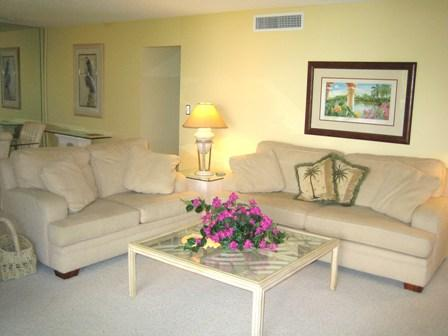 Living Room - Gulfside Garden Unit K - Sarasota - rentals