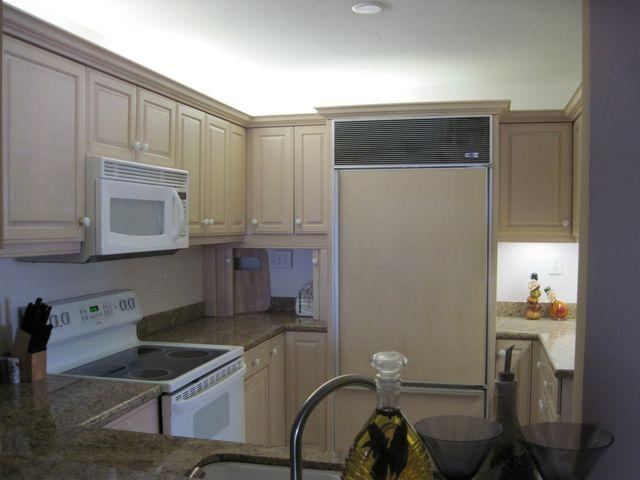 Kitchen - Gulfside Mid-Rise Unit 301E - Sarasota - rentals