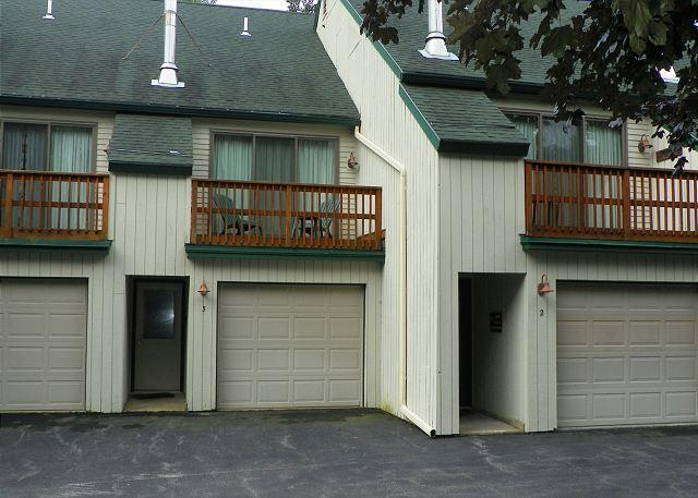 2 Bedroom Vacation Rental in Waterville Valley in a great location!! - Waterville Valley updated 2 bedroom Vacation Townhome next to Golf! (PEA3M) - Waterville Valley - rentals