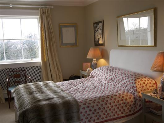 Bedroom - Earls Terrace, Kensington. - London - rentals