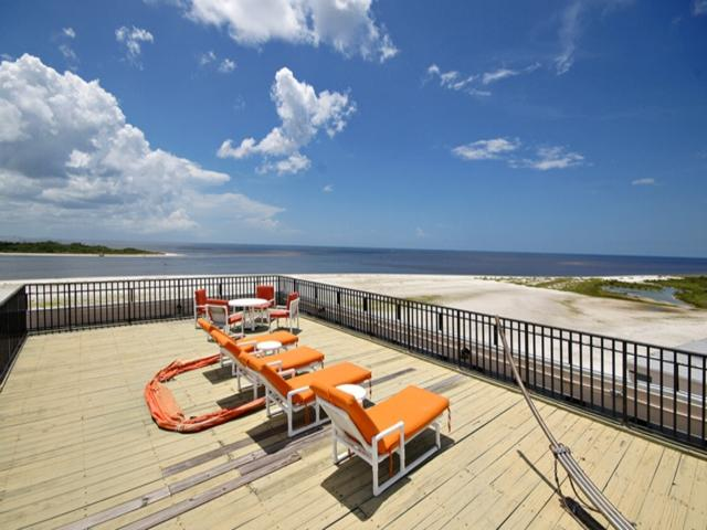 Carlos Pointe Bch Club PH8 CPPH8 - Image 1 - Fort Myers Beach - rentals