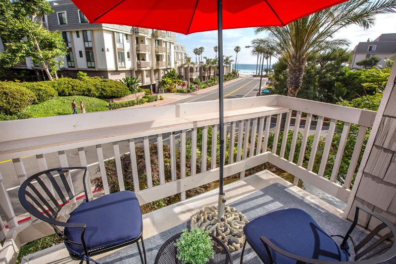 Newly Renovated - Direct Ocean View - Steps to Ocean - Image 1 - Oceanside - rentals
