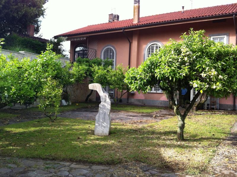 front garden - Rome beutiful villa in the country - Rome - rentals