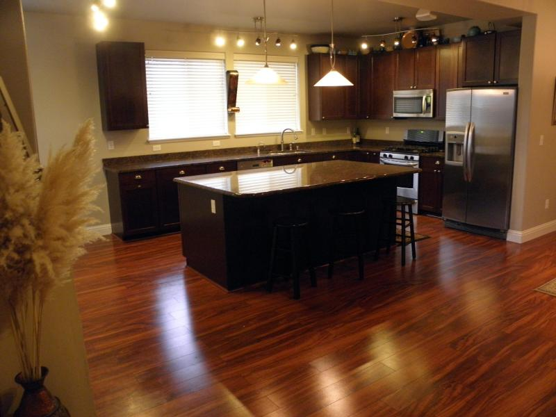 Kitchen - Necanicum Retreat, River, Newer, Golf, 3200 SqFT - Seaside - rentals