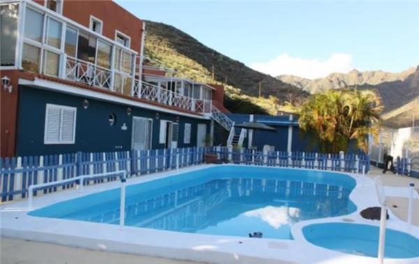 Apartment for 3 persons, with swimming pool , in Santa Cruz de Tenerife - Image 1 - San Andres - rentals