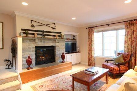 Large fireplace in Living Room - ENJOY SUMMER in this beautiful Casually Elegant 3BR Topnotch Overlook Resort Home - Stowe - rentals