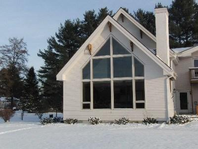 winter exterior - Large, luxury home with magnificent Mt. Mansfield views! 3,000+ sq.ft with ping pong, 1 car garage - Stowe - rentals