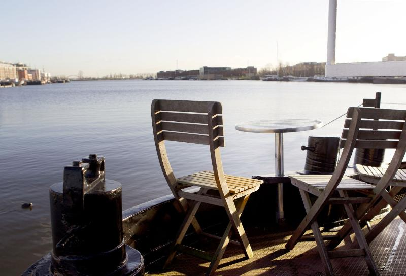 amazing view from your doorstep - houseboat apartment Skippers Home - Amsterdam - rentals