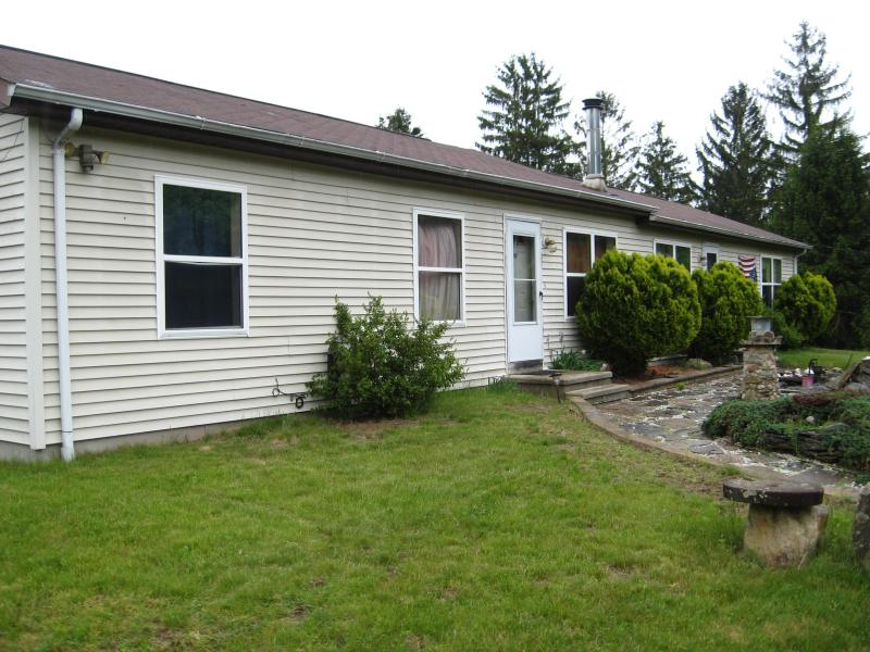 Front of house - Why not stay with us - East Haddam - rentals