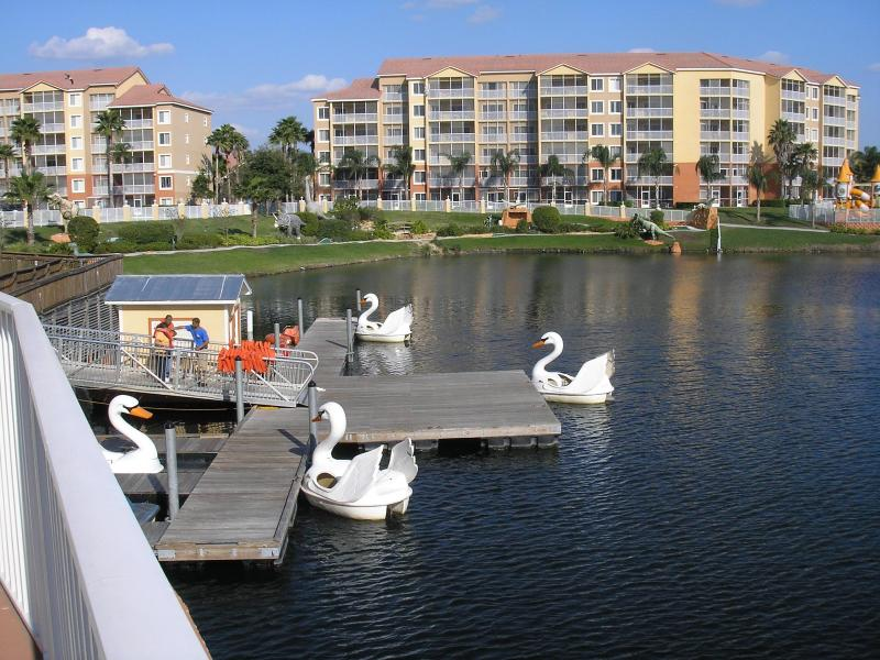 Boating and Fishing lake - 2 bedrooms at Westgate Resorts 10 min to Disney - Kissimmee - rentals