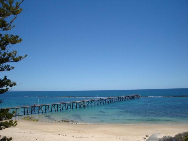 Riverview Cottage Port Noarlunga (migrant or hols) - Image 1 - Adelaide - rentals