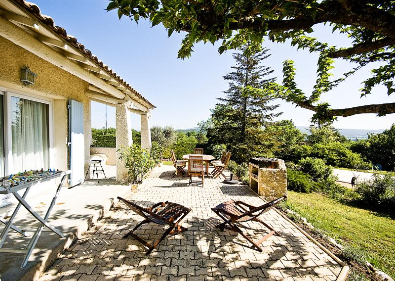 Villa for Family near Village in the Luberon - Villa Marguerite - Image 1 - Cereste - rentals