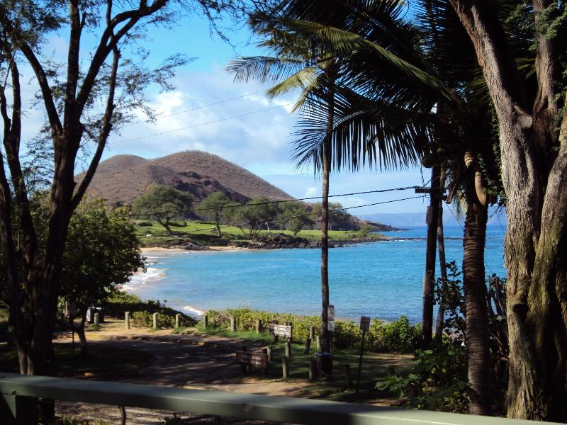 View from our deck of Maluaka Beach & Cinder Cone - Amazing OCEAN & CINDER CONE view Makena HOUSE Maui - Makena - rentals