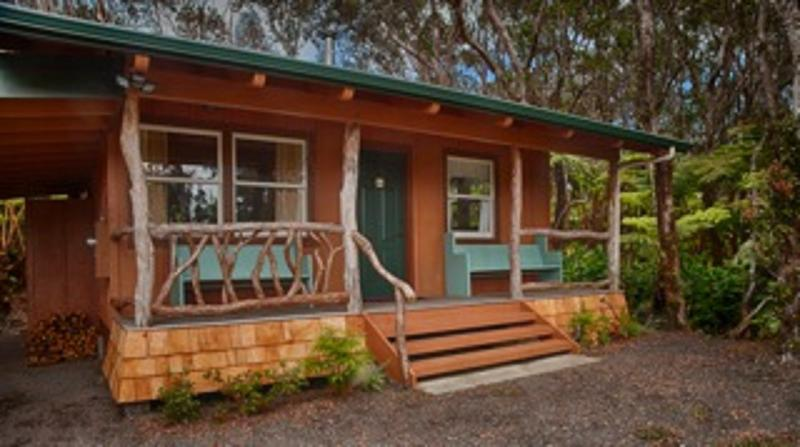Charming 2 Bedroom Kaluhe Cottage near Village! - Image 1 - Volcano - rentals