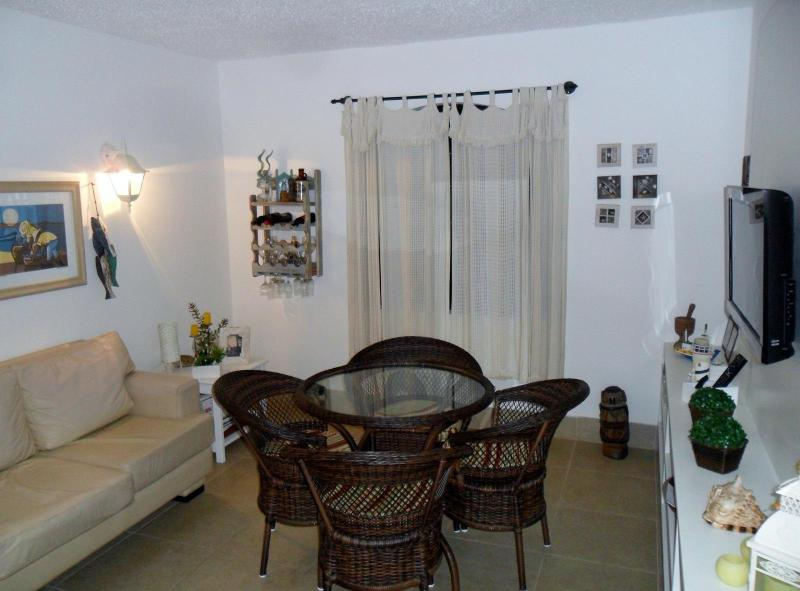LIVING AND DINING ROOM - Quiet House For Quiet Groups - Buzios - rentals