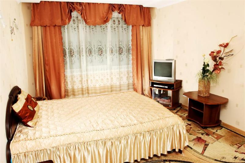 Elegant apartment in Minsk city center,  3 min from subway - Image 1 - Minsk - rentals
