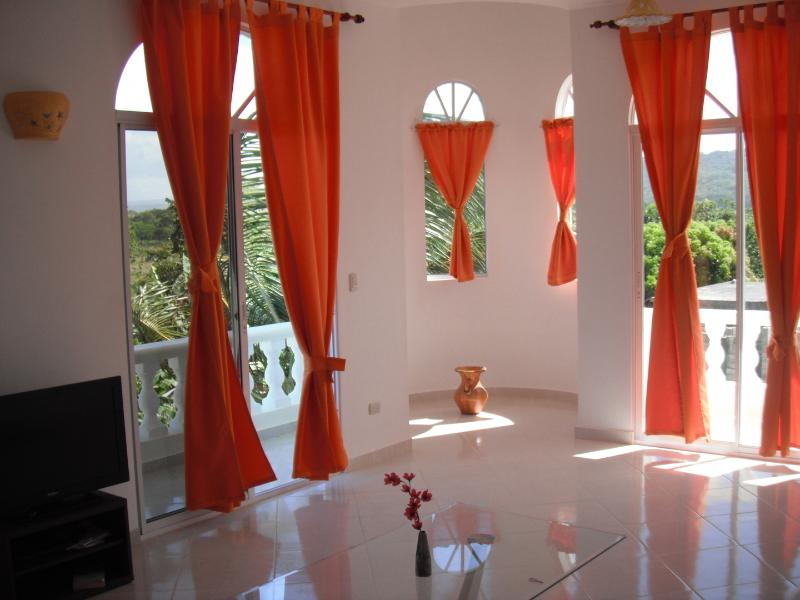 Best Price!  Luxurious 3 bedroom, 2 bathroom Condo in Cabarete - Image 1 - Cabarete - rentals