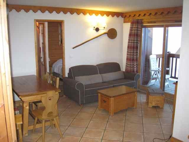 Lounge - Brilliant ski apartment in Val Claret, Tignes. Sleeps 6 - Tignes - rentals