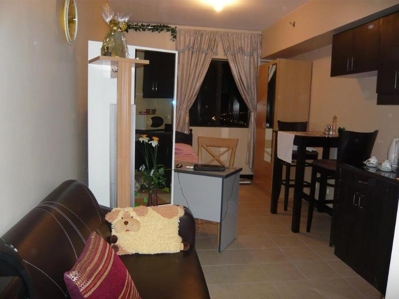 Manila Cheap Accommodation - Image 1 - Taguig City - rentals
