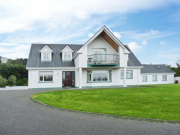 17 ST MICHAEL'S CRESCENT, detached, off road parking, enclosed garden, in Glenbeigh, Ref 28477 - Image 1 - Northern Ireland - rentals