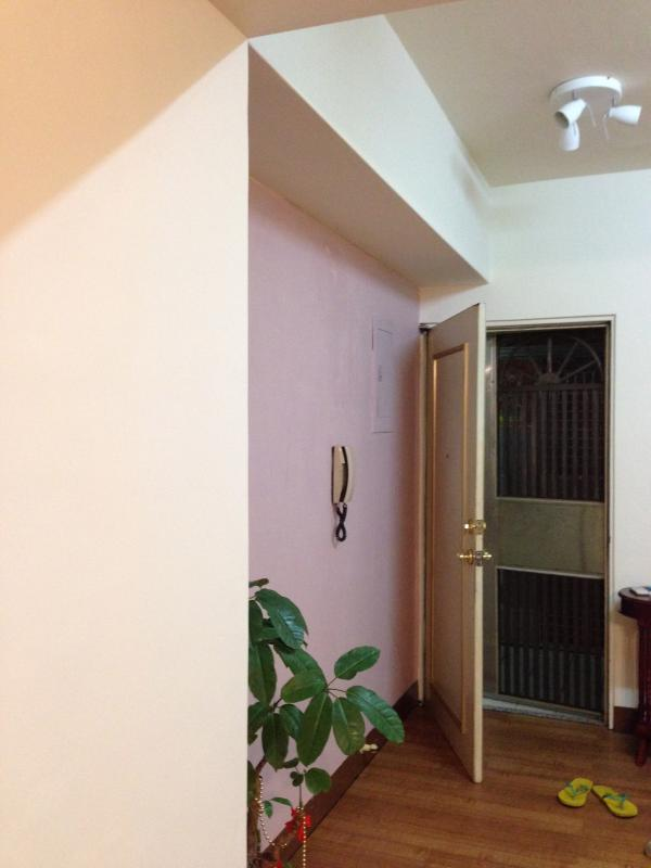 Front Door - 2 Bedrooms 1 Bath Apartment in Harbor City - Taiwan - rentals
