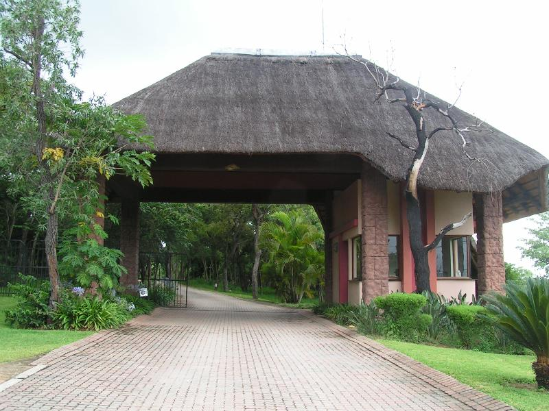 Tranquil Nest Entrance Gate - Affordable Luxury - Hazyview - rentals