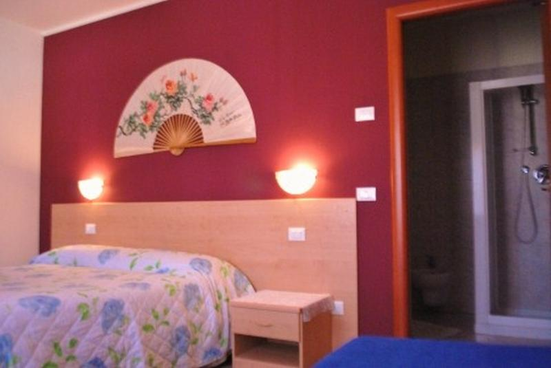 Purple room - Room x 2 in B&B  near Venice and Jesolo Beach - Portegrandi - rentals