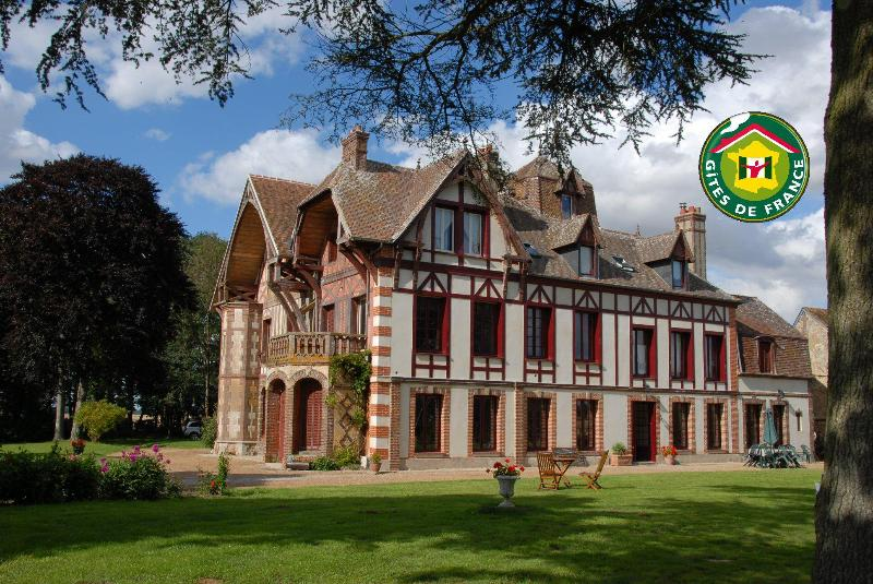 Bed and Breakfast in a Manor in NORMANDY - Image 1 - Tillieres-sur-Avre - rentals