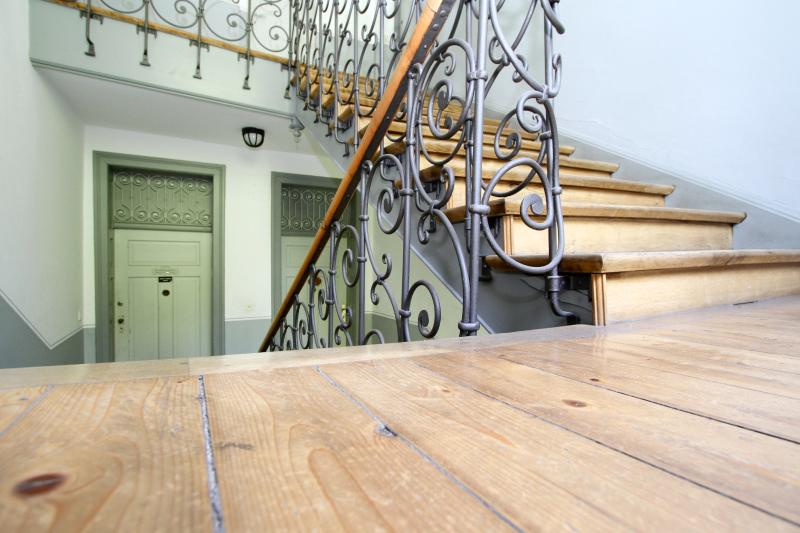 Stairway to the apartment - Central, Mnt.View, All Amenities! 5min. 2 Okt.fest - Munich - rentals