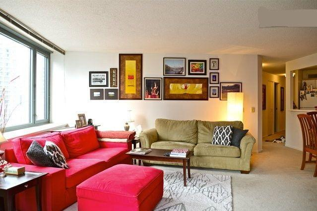 Downtown High Rise Room over River next to Navy Pier - Image 1 - Chicago - rentals