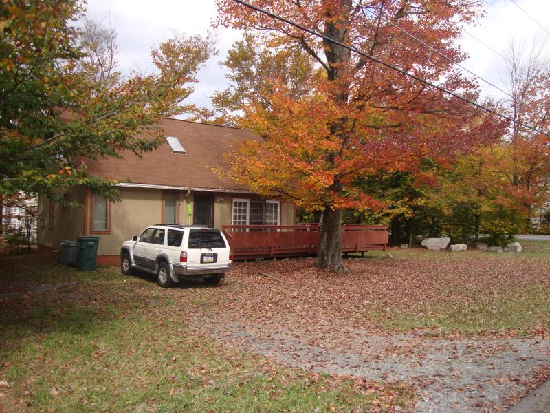 Cozy Two Bedrooms in the Mountains! - Image 1 - Tobyhanna - rentals