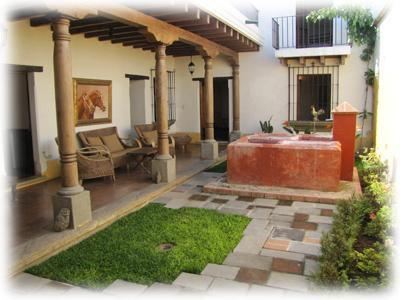 Large house only 3 blocks to the Central Park - Image 1 - Antigua Guatemala - rentals