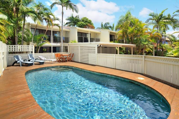 Pool - Walking distance to Noosa Main Beach and Hastings Street - Noosa - rentals