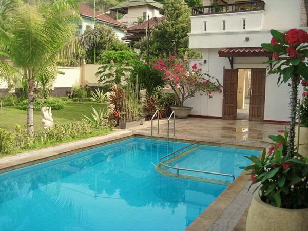 Pool and entrance - Villa Stella Garden Senggigi - Senggigi - rentals