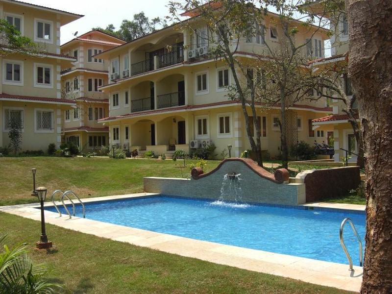 Swimming Pool - 08) BEAUTIFUL GROUND FLOOR APARTMENT SIOLIM - Siolim - rentals