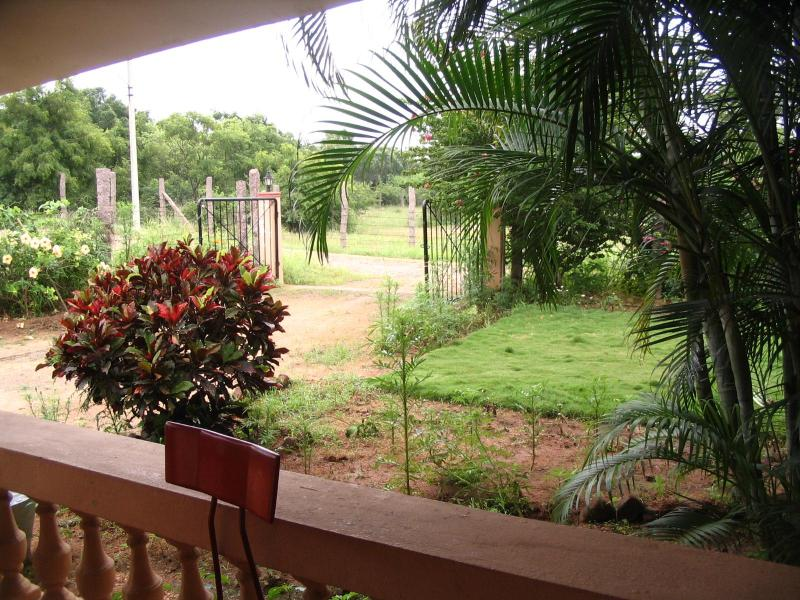 view from front door - farm house in a green and serene place - Hyderabad - rentals