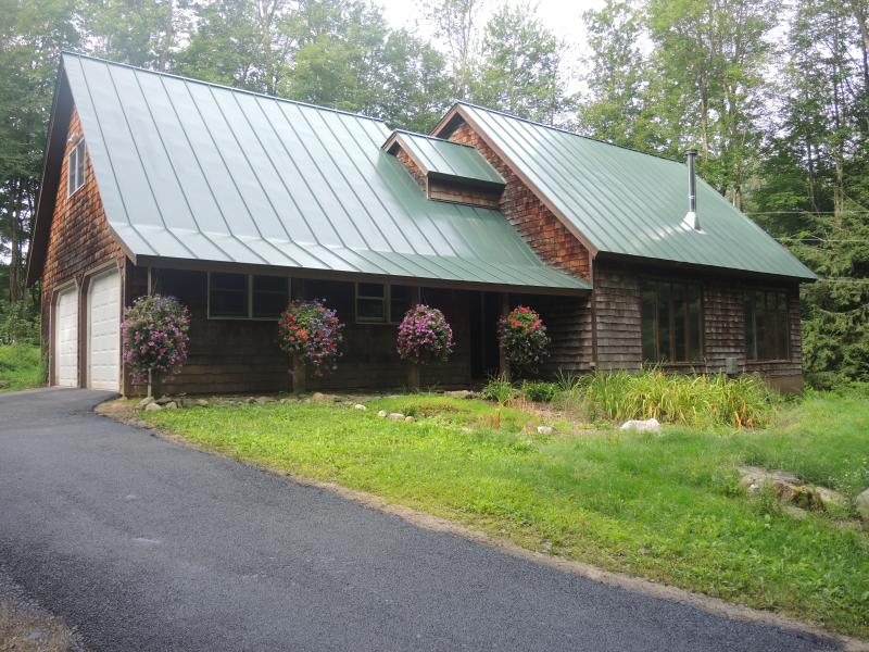 Front of House - Private and Beautiful Chittenden, Vermont Rental - Chittenden - rentals