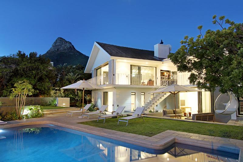 House at Dusk - Villa Lavaya | 5 Star Rated | LUXURY AWARD WINNING - Camps Bay - rentals