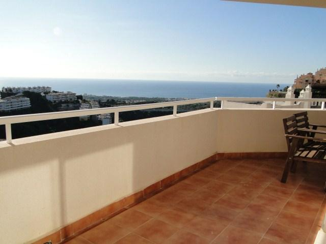 Terrace and Views! - Lovely apartment, pool. sea views, BBQ, wifi. - Sitio de Calahonda - rentals